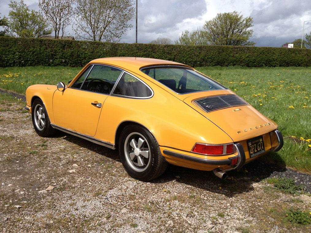 Porsche-911E-Back-Side