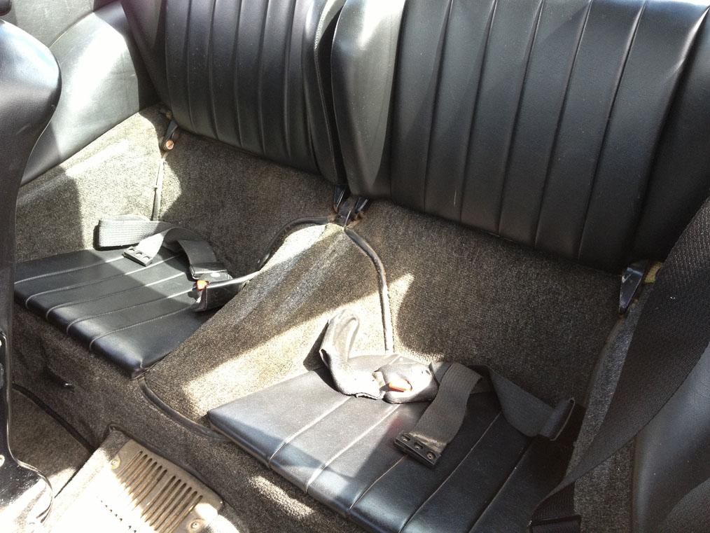 Porsche-911E-Rear-Seats