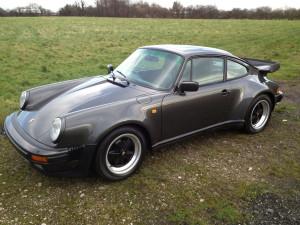 porsche-911-turbo-side
