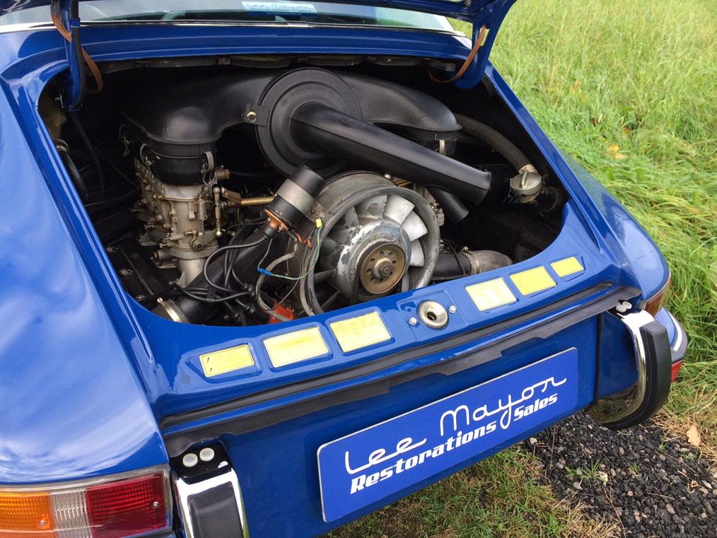 Porsche 911E Targa Engine