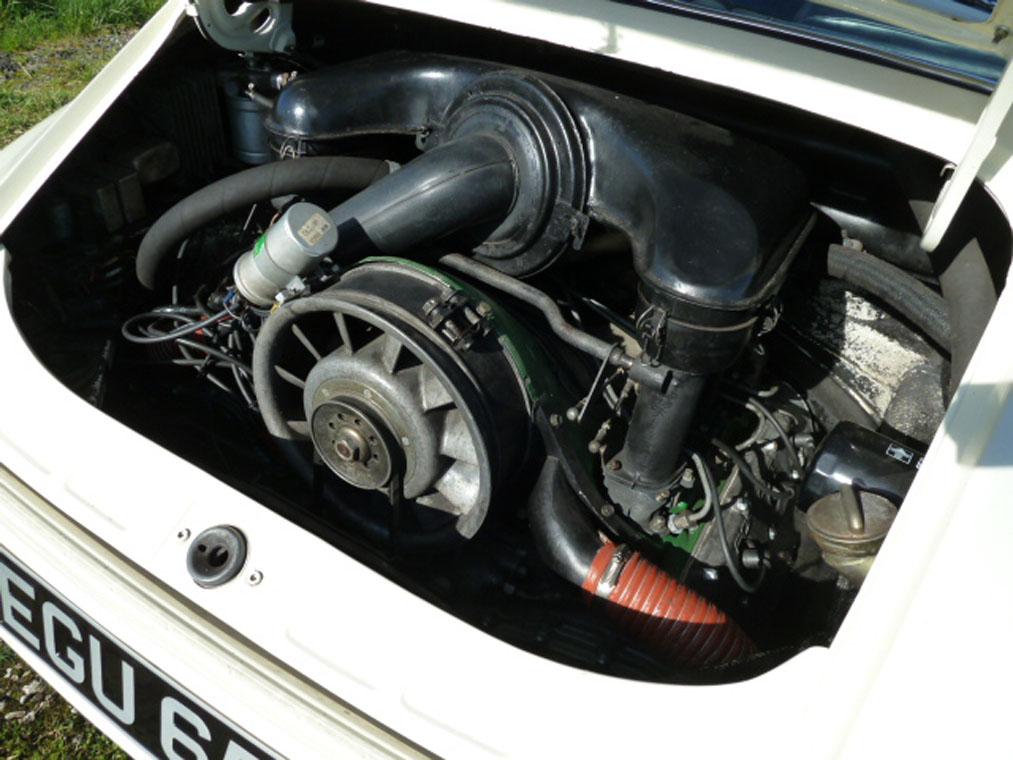 Porsche 911 Ivory Engine