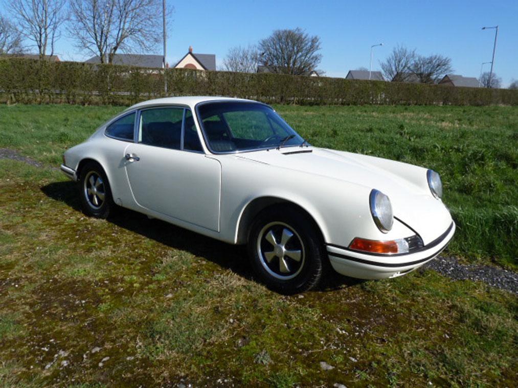 Porsche 911 Ivory