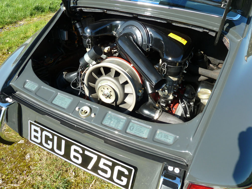 Porsche 911 T Slate Grey Engine 2