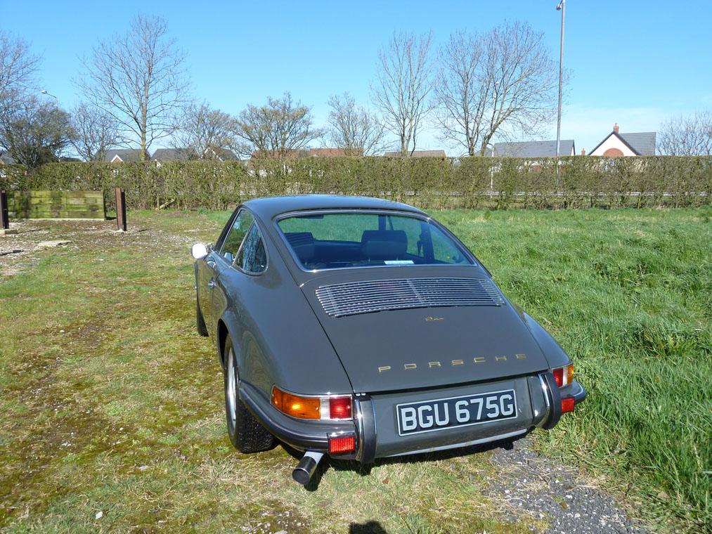 Porsche 911 T Slate Grey Rear