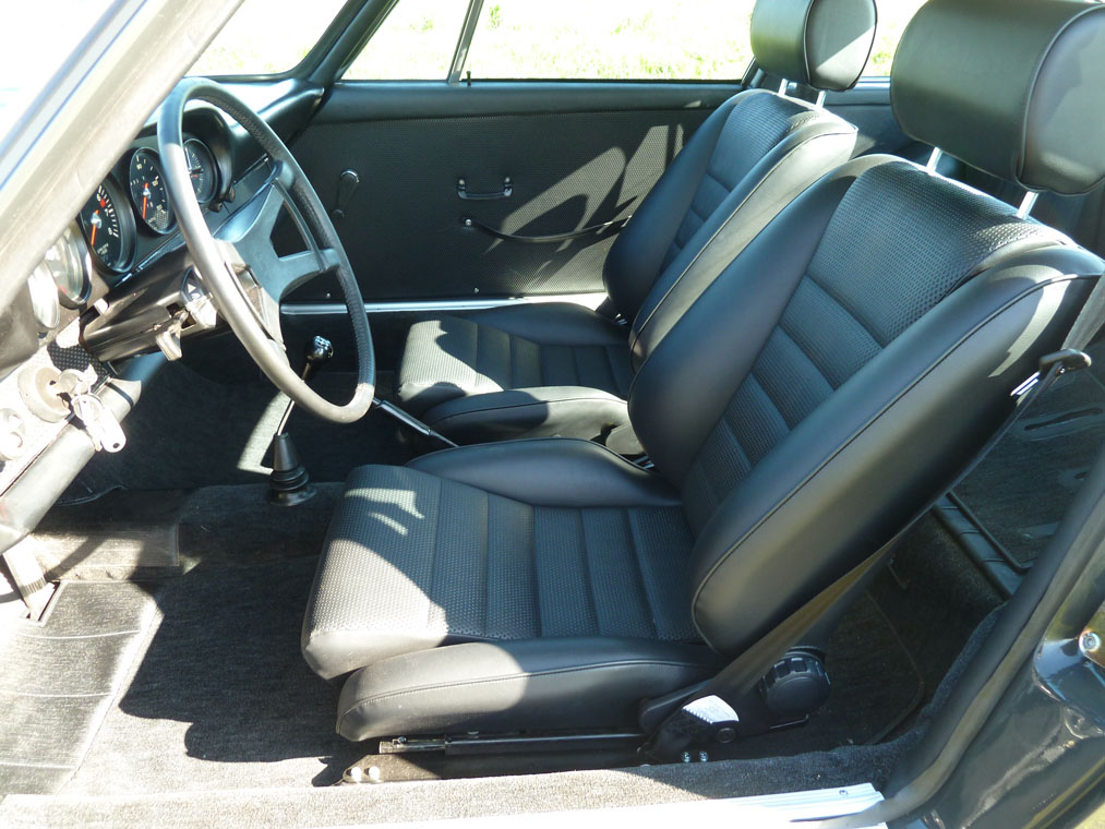 Porsche 911 T Slate Grey Seats