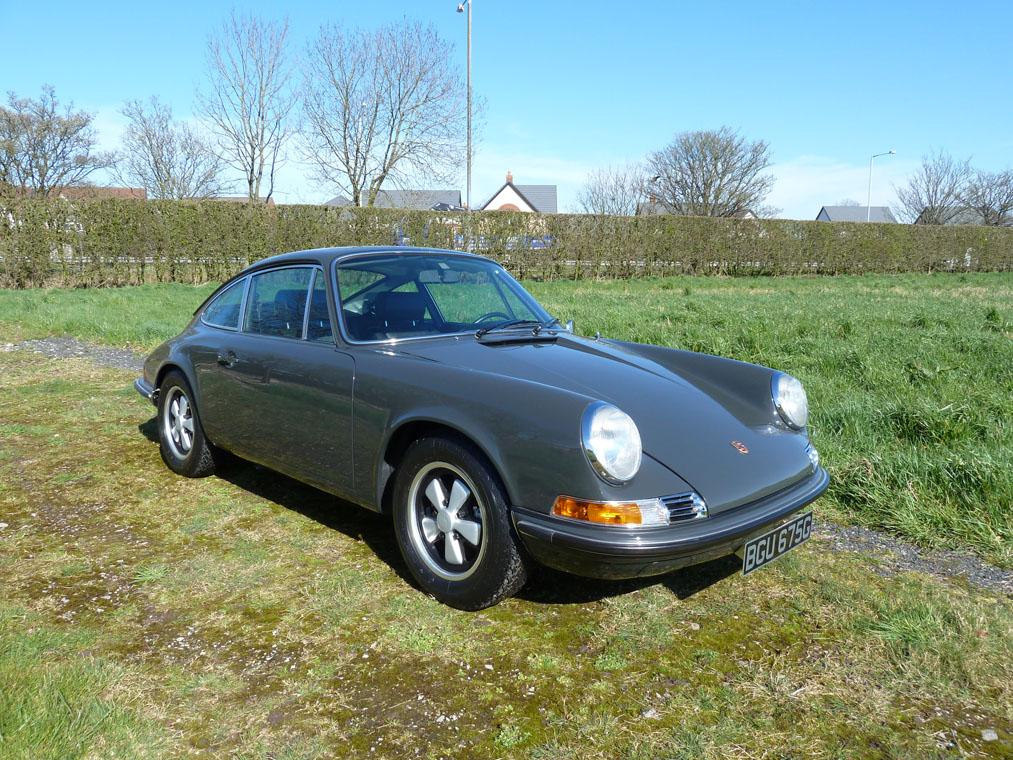 Porsche 911 T Slate Grey