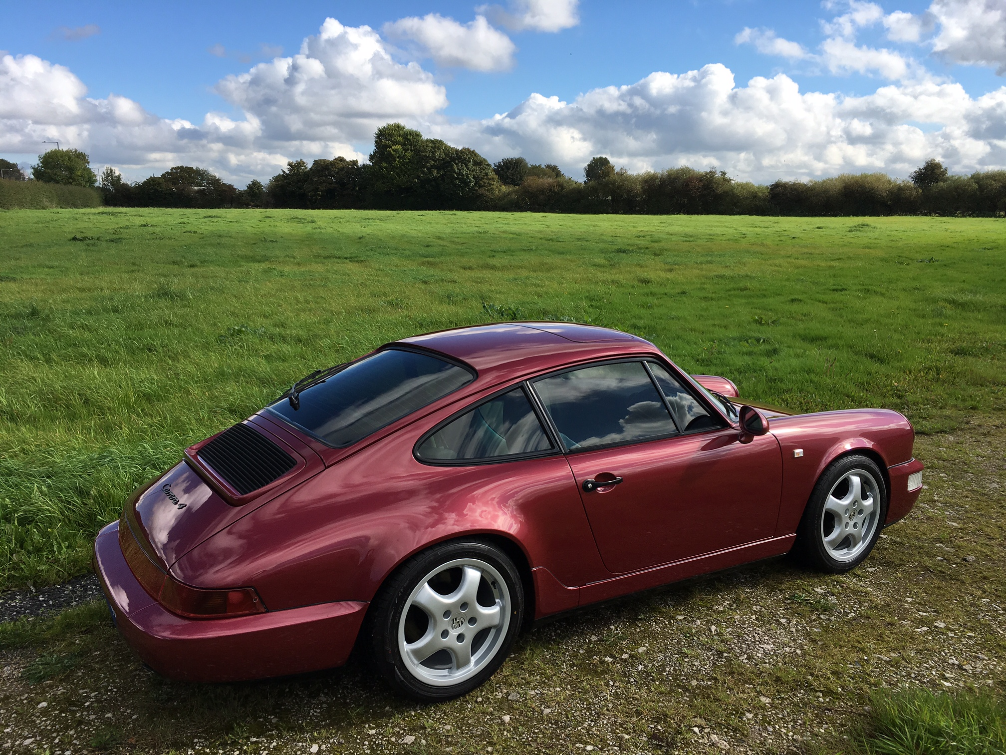 Porsche-964-Carrera-4-Back-Side