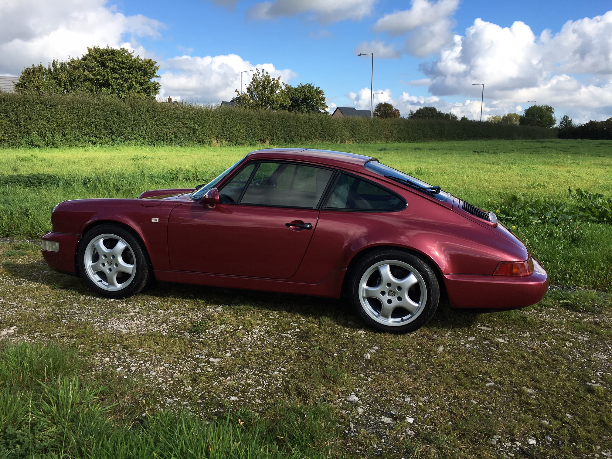 Porsche-964-Carrera-4-Left-Side