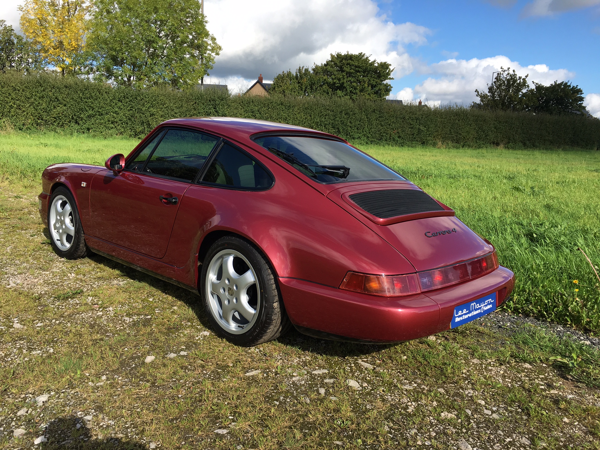 Porsche-964-Carrera-4-Rear